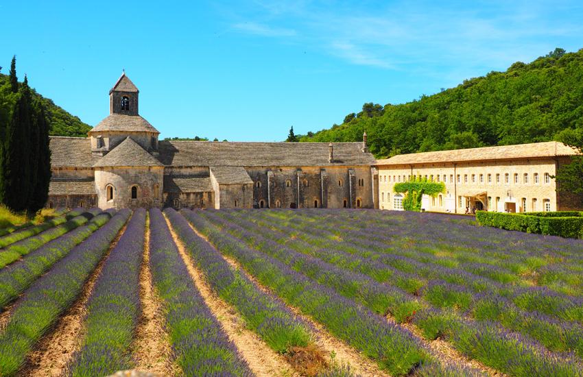 luxury holiday villas in France