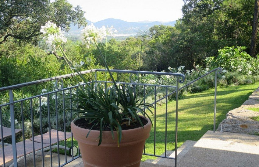 luxury holiday villa rentals Spain
